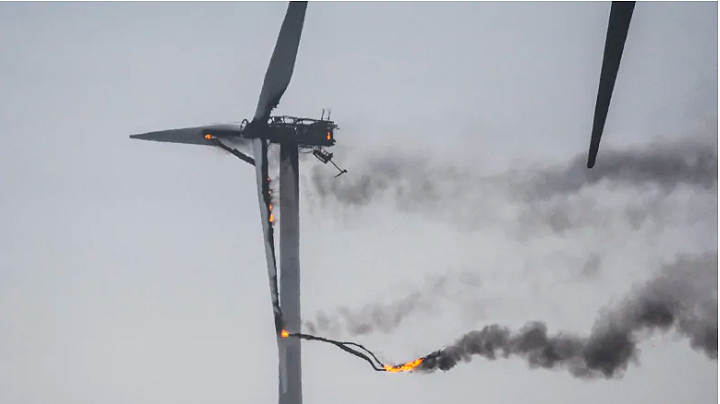 Nextera Energy investigates cause of wind turbine fire in West Pubnico